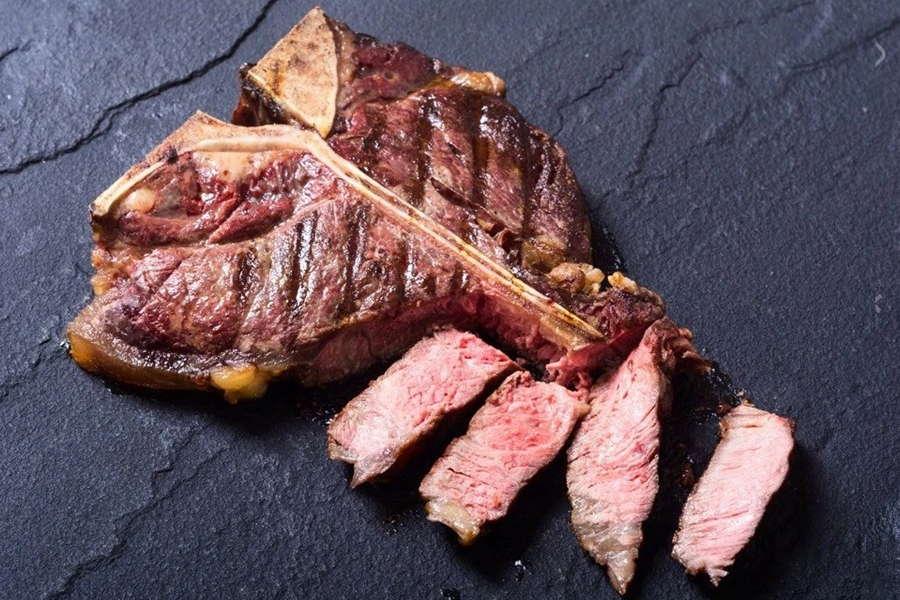 Veal Loin Chops - L&M Meat